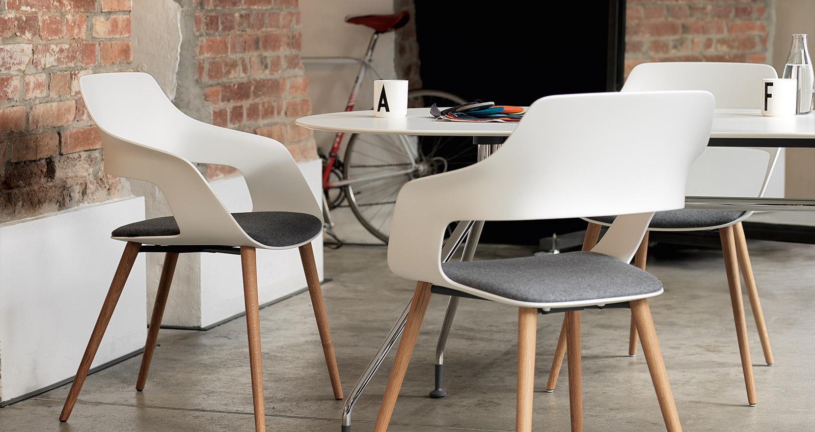 occo. Black Bedroom Furniture Sets. Home Design Ideas